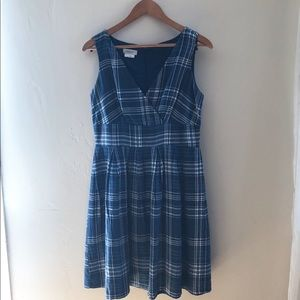 Van Heusen Size 6 Dress